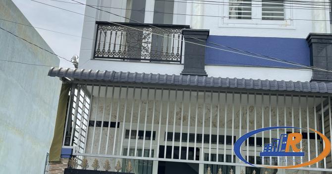 Nhà trệt lầu mới đẹp KDC Quân Báo ngay chợ Bà Bộ - 75m2 - Lộ 8m - Giá 3,3 tỷ